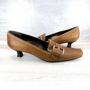 Stuart Weitzman Square toe Brown Heels - 8.5M